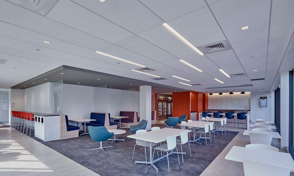 650 Swedesford Road interior cafeteria with seating area