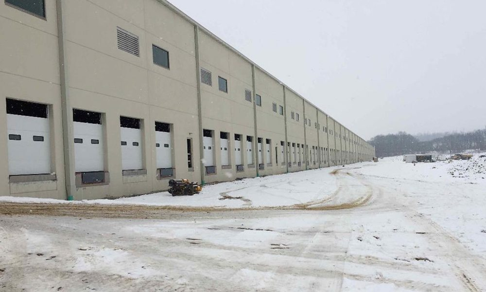 801 Centerville Road Loading Dock Exterior